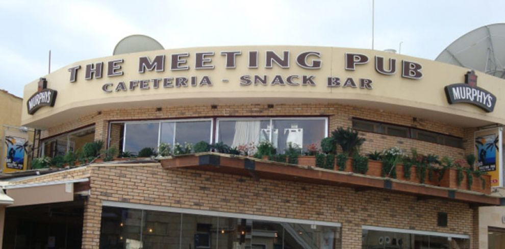 the meeting pub larnaca