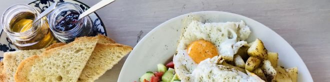 M-Theory Protein Bar & Kitchen: Healthy spot με σπιτικού τύπου «αμαρτωλό» brunch