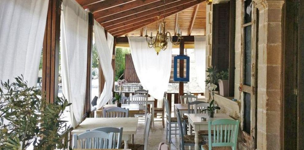 AnnaMia Village Bistro