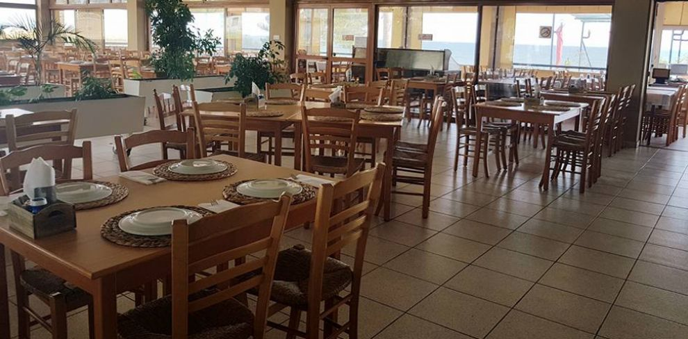 Old Ζύγι Seafood Restaurant