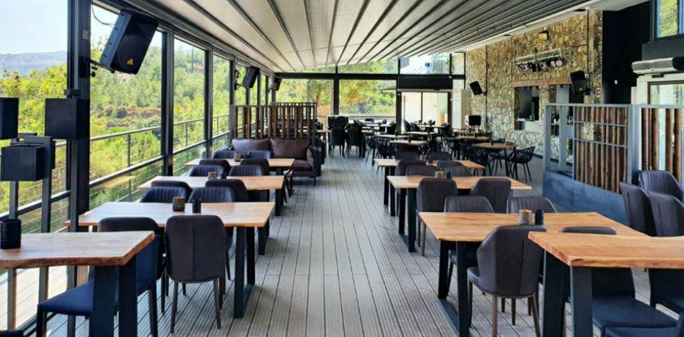 Costas cafe-baraki
