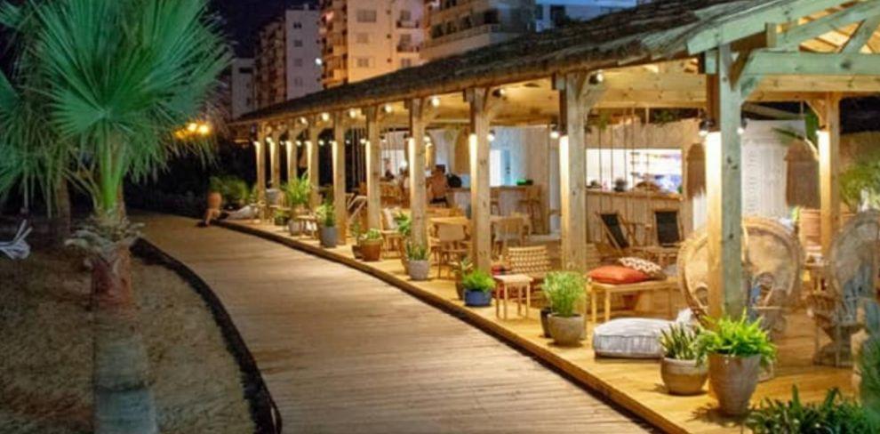 Nusa Beach Bar